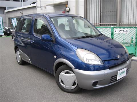 トヨタ ファンカーゴ