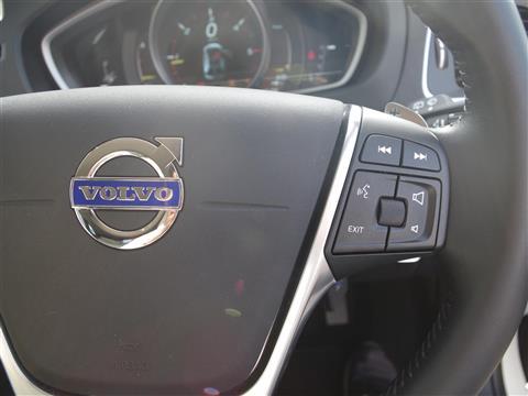 V40,D4,アイスホワイト