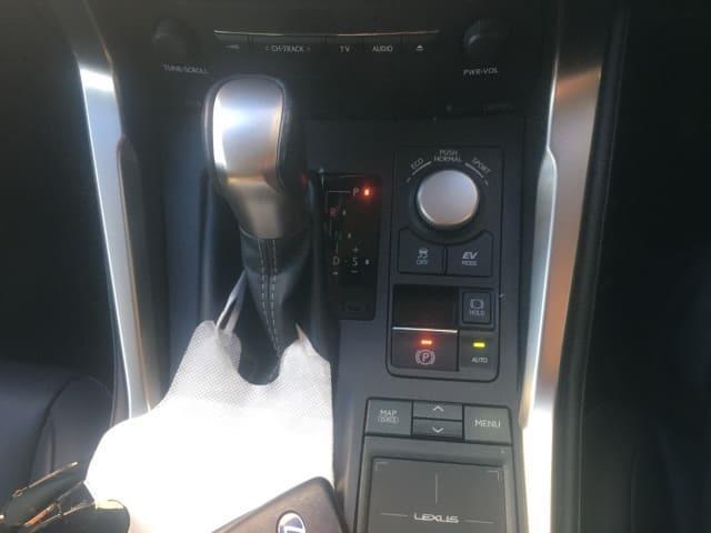 H27(2015年式) レクサス NX 300h Iパッケージ