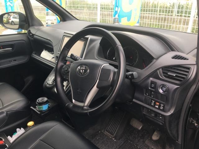 H28(2016年式) トヨタ ノア Si